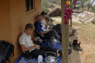 Trektocht Lamjung Himal Basiskamp Nepal | Snow Leopard - husslage 2009 (119) lunch