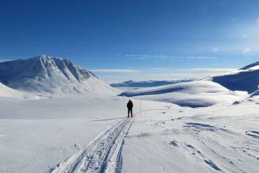 Sneeuwschoenwandelen reis Treriksrøysa Noorwegen | Snow Leopard (40)