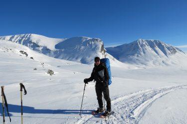 Sneeuwschoenwandelen reis Treriksrøysa Noorwegen | Snow Leopard (41)