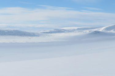 Sneeuwschoenwandelen reis Treriksrøysa Noorwegen | Snow Leopard (63)