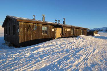 Sneeuwschoenwandelen reis Treriksrøysa Noorwegen | Snow Leopard (102)