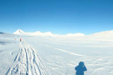 Sneeuwschoenwandelen reis Treriksrøysa Noorwegen | Snow Leopard (127)