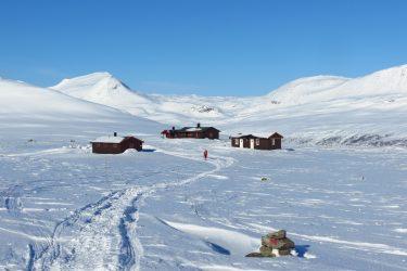 Sneeuwschoenwandelen reis Treriksrøysa Noorwegen | Snow Leopard (133)