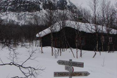 Sneeuwschoenwandelen reis Treriksrøysa Noorwegen | Snow Leopard (174)