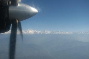 Himalaya, flight Twin Otter: Kathmandu 1300m-Lukla 2750m Expeditie trektocht Mera Peak 6461m Island Peak Nepal | Snow Leopard