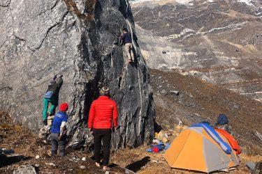 Mardi Himal trektocht en/of beklimming kort (Annapurna, Nepal) | Snow Leopard (9)