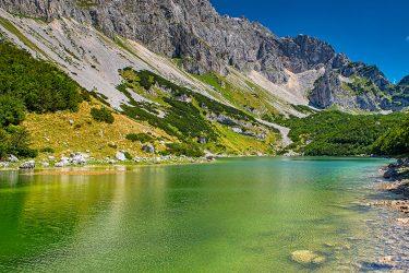 Montenegro - wandelreis Dinarische Alpen - Snow Leopard (18)